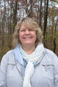 Dr. Lynette Studer